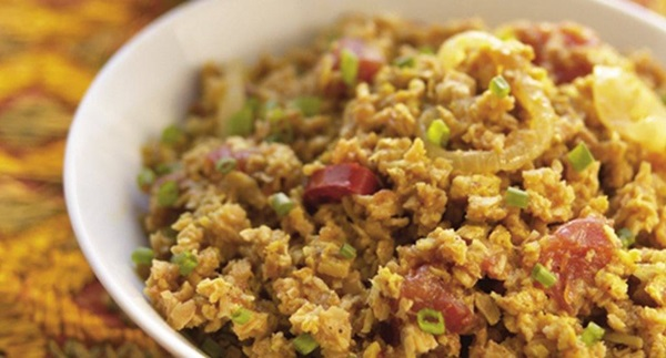 recipe image Caril vegetariano com arroz de sultanas